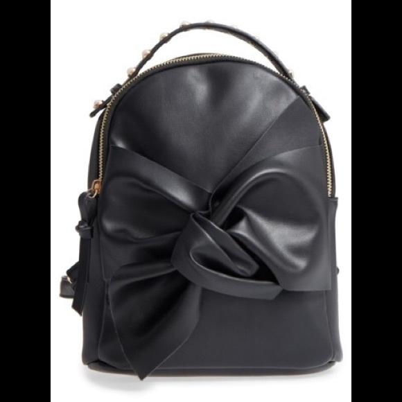 2a365c85ff1b OMG imitation Pearl handle mini bow backpack black